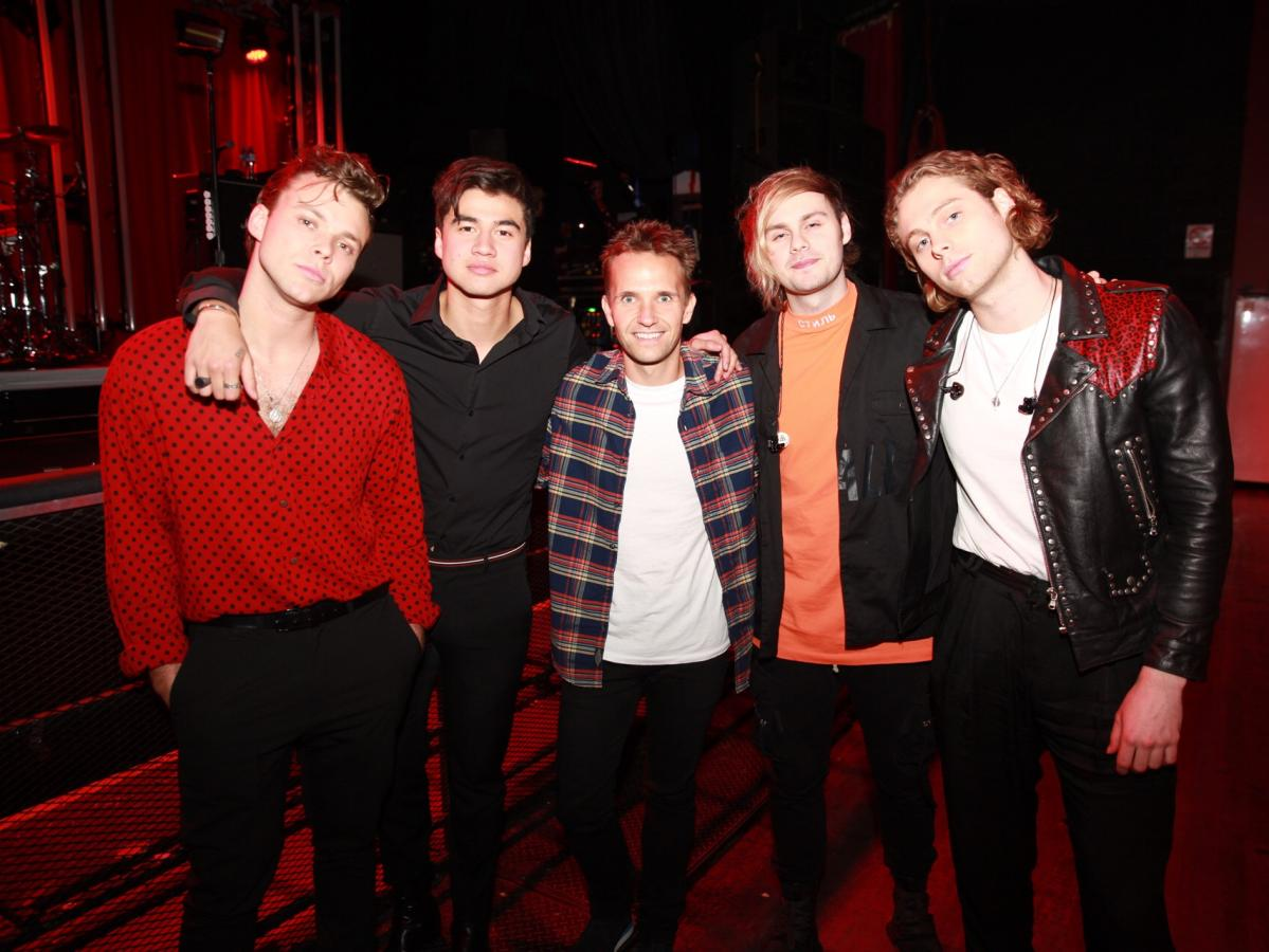 5 Seconds of Summer are reunited with Smallzy | Nova 969