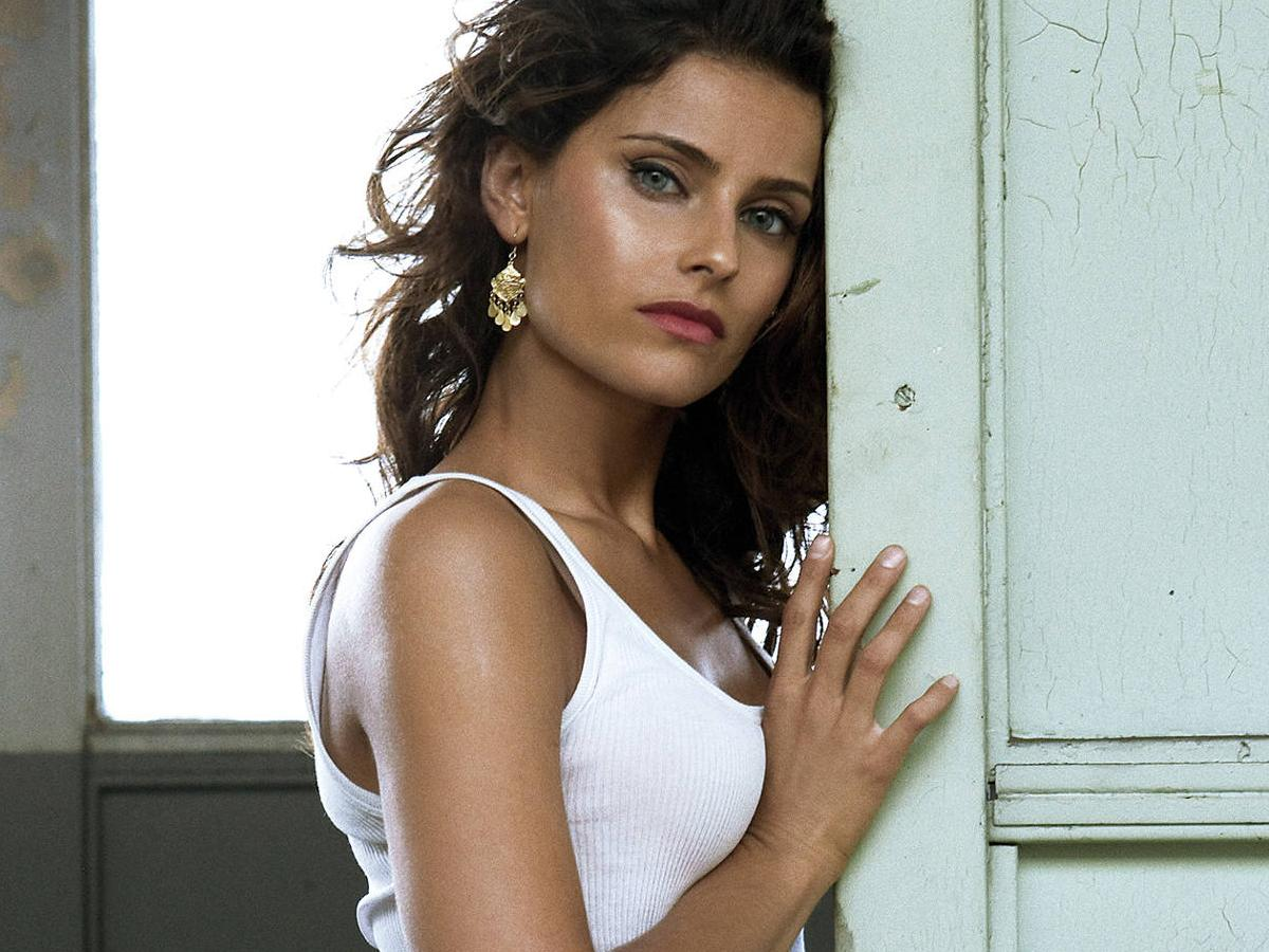 7aa6c783eea718 The sad secret behind Nelly Furtado s fall from fame