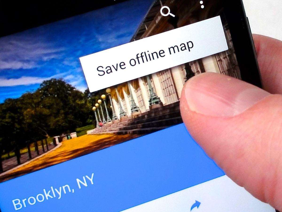 NEW FEATURE: You can use Google Maps offline!? Here's how