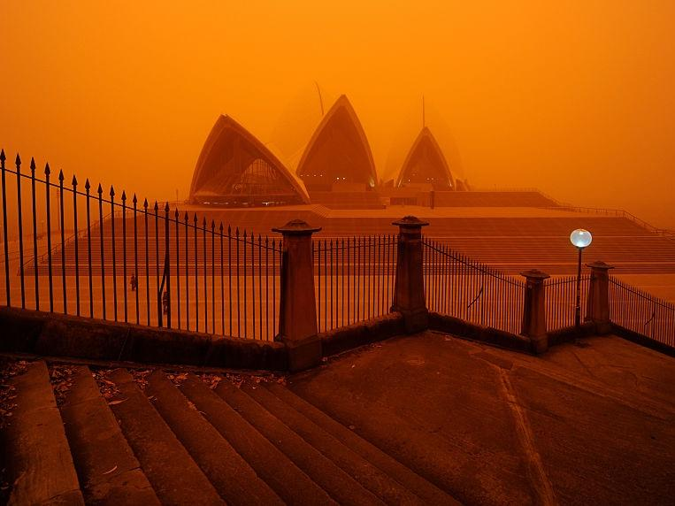 Bureau warns windy conditions could cause dust storms across nsw