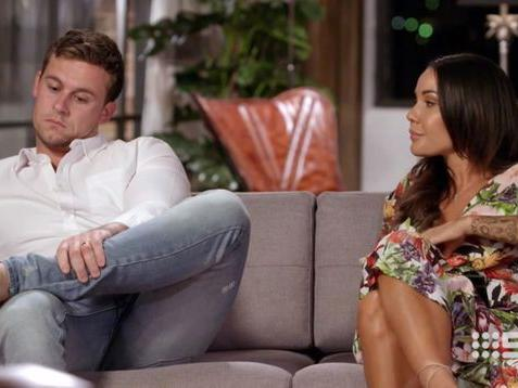 MAFS star Ryan is hooking up with one of last year's brides and we're FLOORED