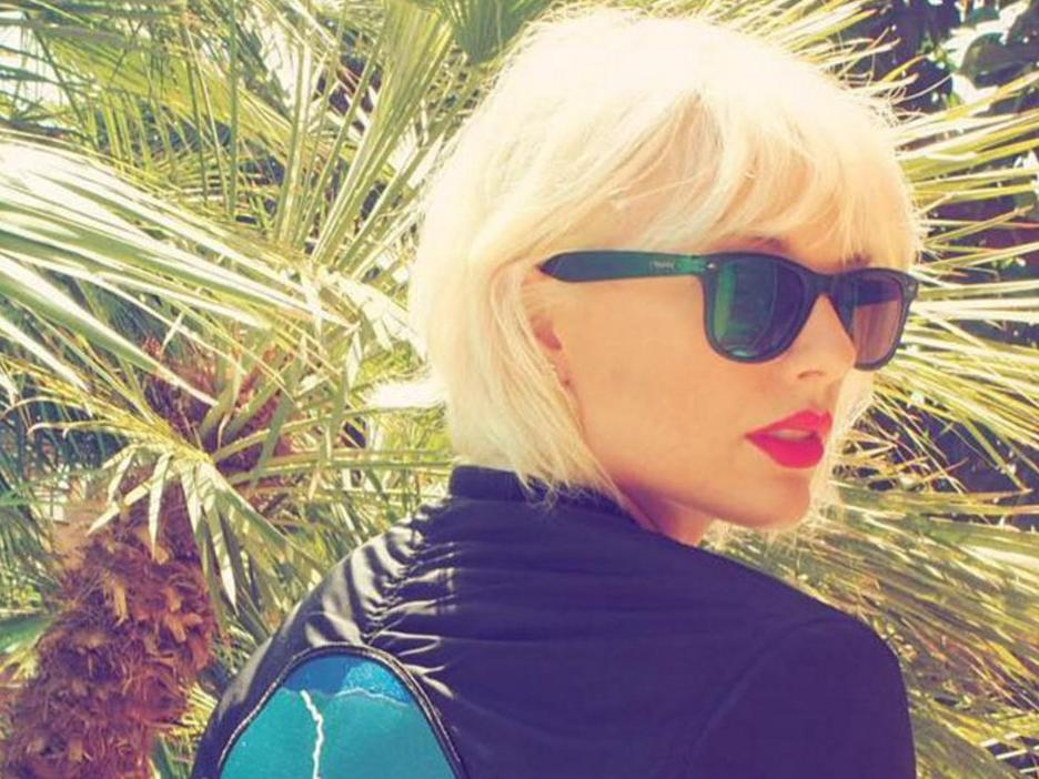 Taylor Swift Is Naked In Her New Video Clip  Nova 937-2646
