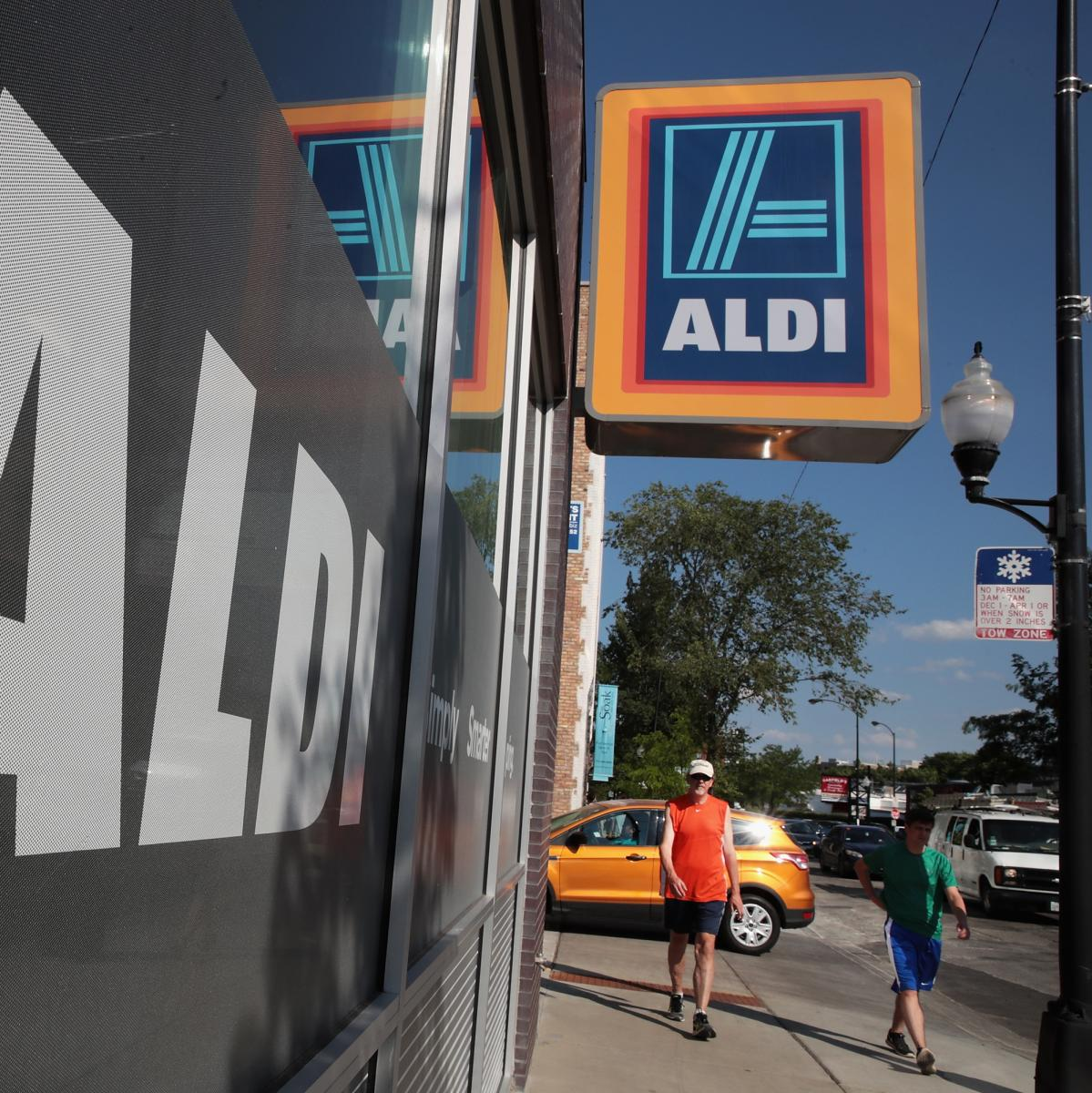There is some seriously good stuff on sale at Aldi this weekend