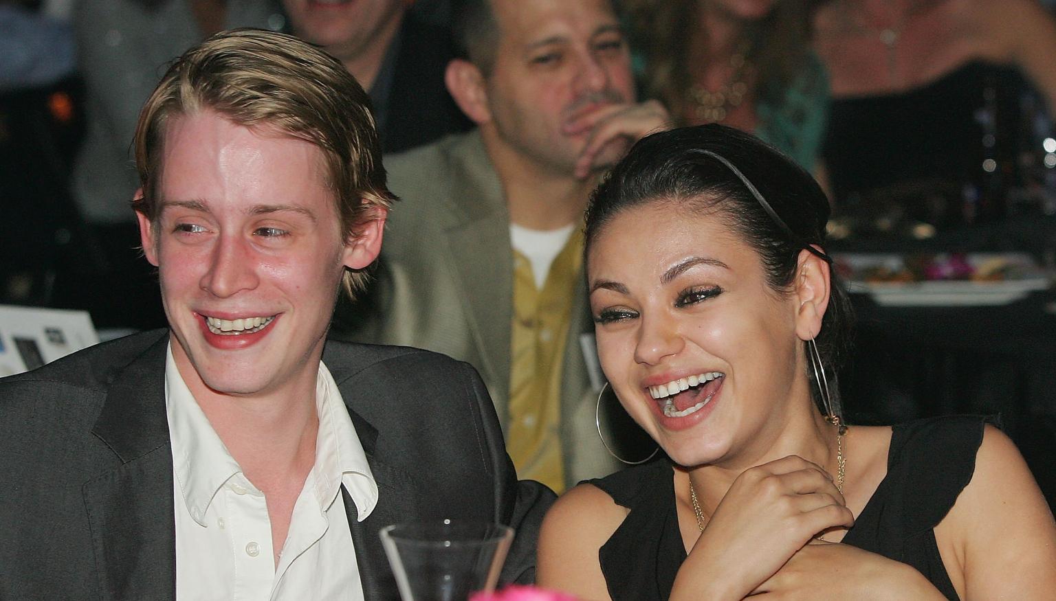 Mila kunis dating macaulay