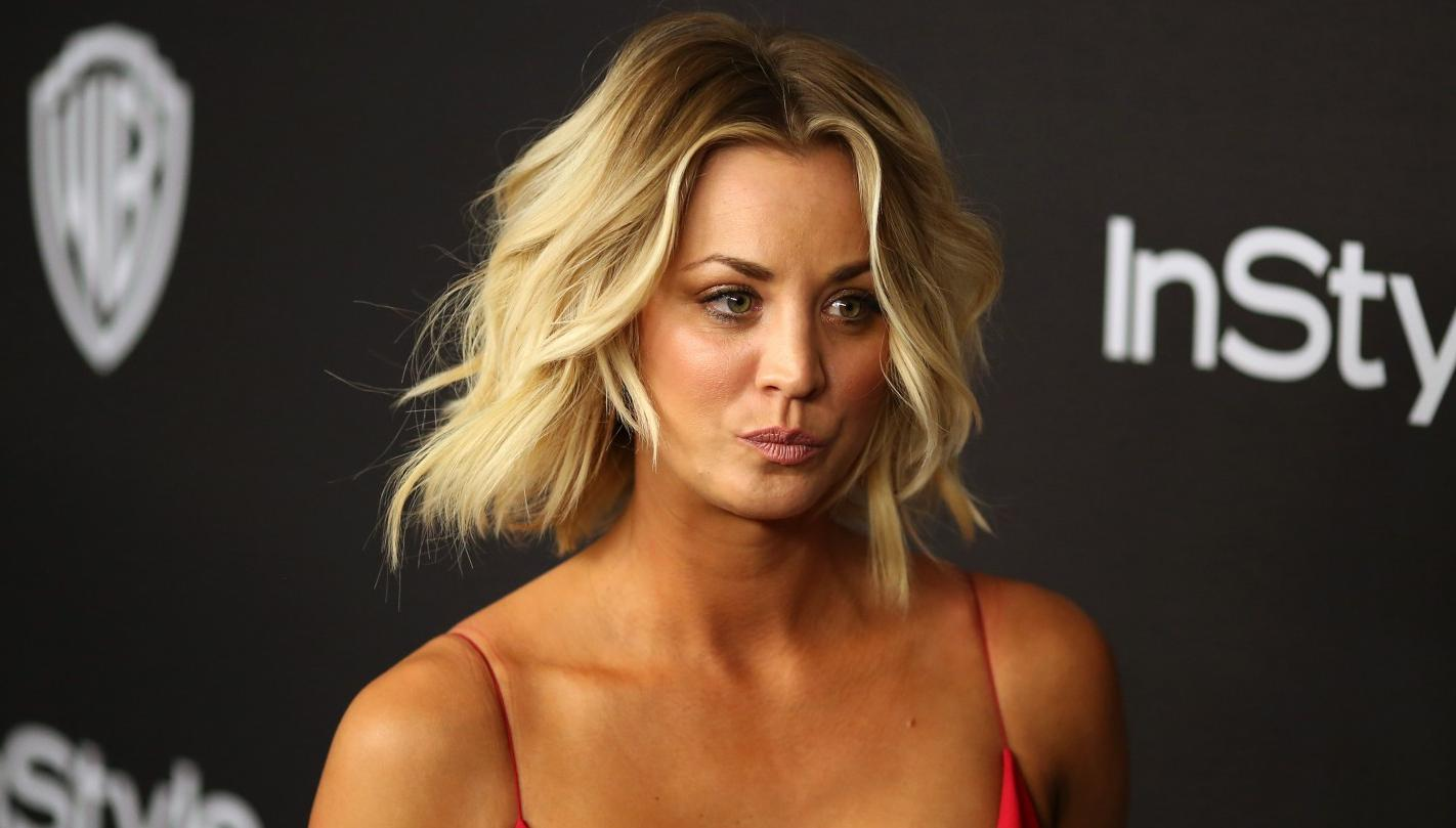 Kaley Cuoco Flashed Her Bare Breast On Snapchat  Nova 100-7185
