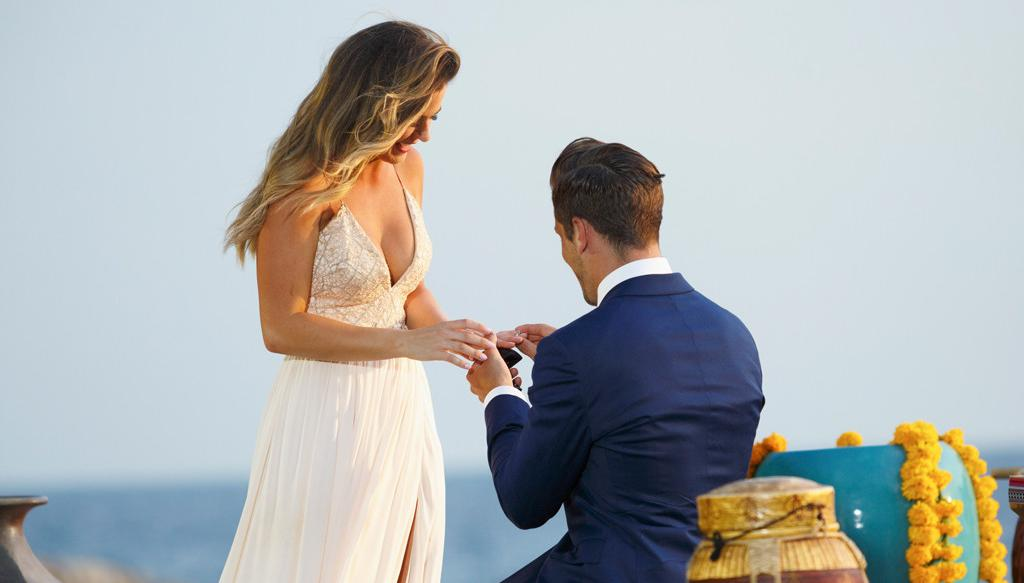 American Bachelorette JoJo Fletcher And Jordan Rodgers Are Engaged