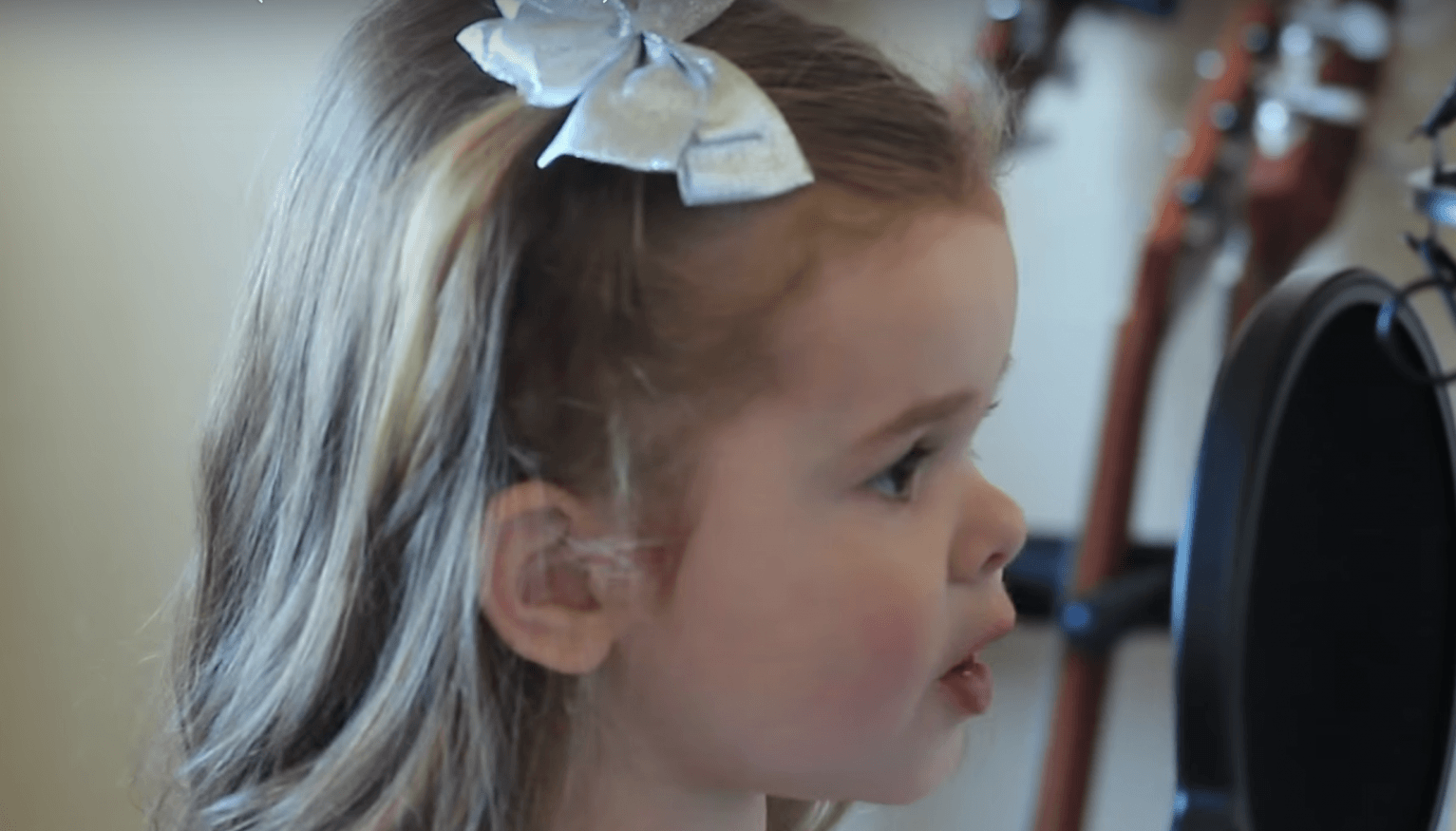 Three-Year-Old Singing Little Mermaid Song Will Take -1547