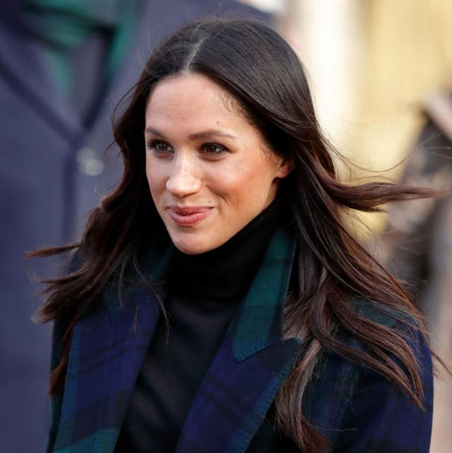 Meghan Markle's dad caught in staged photo controversy