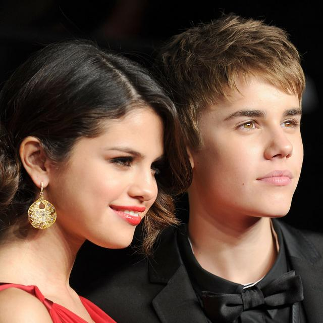 Selena Gomez addresses Justin Bieber's engagement with a T-shirt
