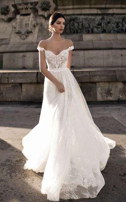 The most pinned wedding dress on Pinterest | Nova 969