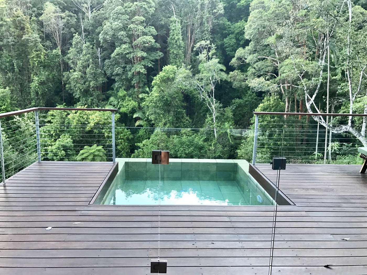 Seven romantic getaways in australia to get away from it all nova 969 for Movable swimming pool floor australia