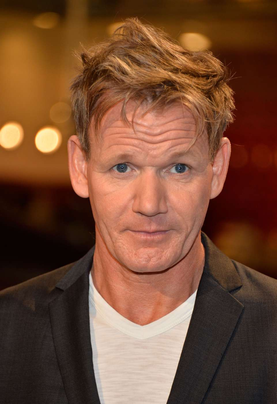 gordon ramsay fuels rumours he s had cosmetic surgery once again