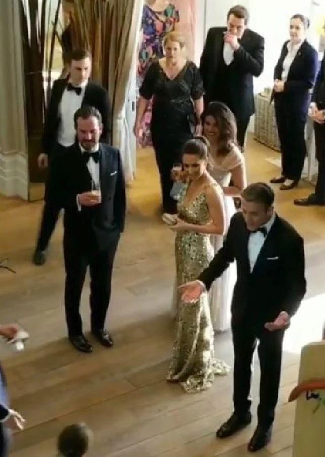 We Found A Behind The Scenes Video From The Royal Wedding Nova 969