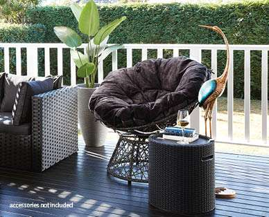 aldi 39 s new special buy has us so excited for spring nova 100. Black Bedroom Furniture Sets. Home Design Ideas